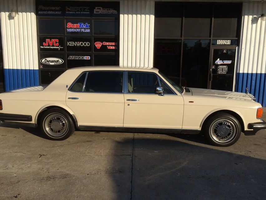 1988 Rolls Royce Silver Spur Security Radio Tint