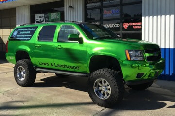 2009 Suburban Gets Facelift With Vehicle Wrap