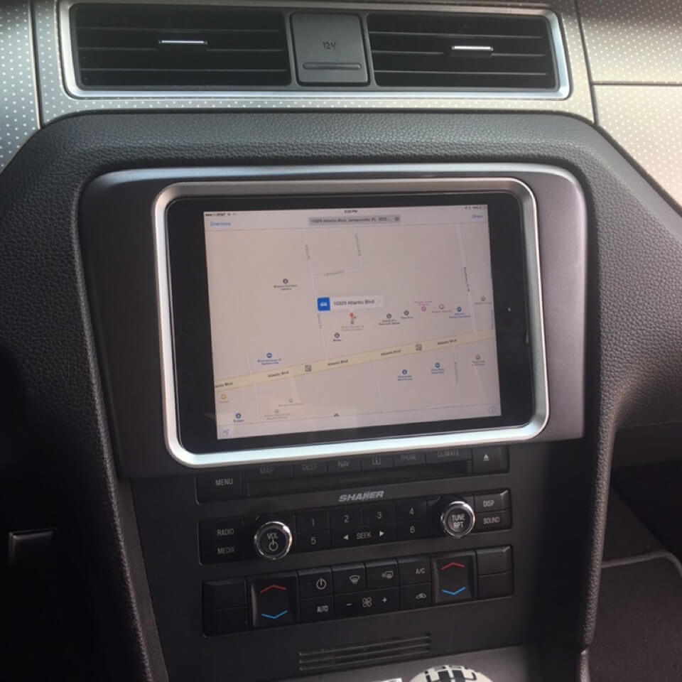 Premium Ipad In Dash Vehicle Integration